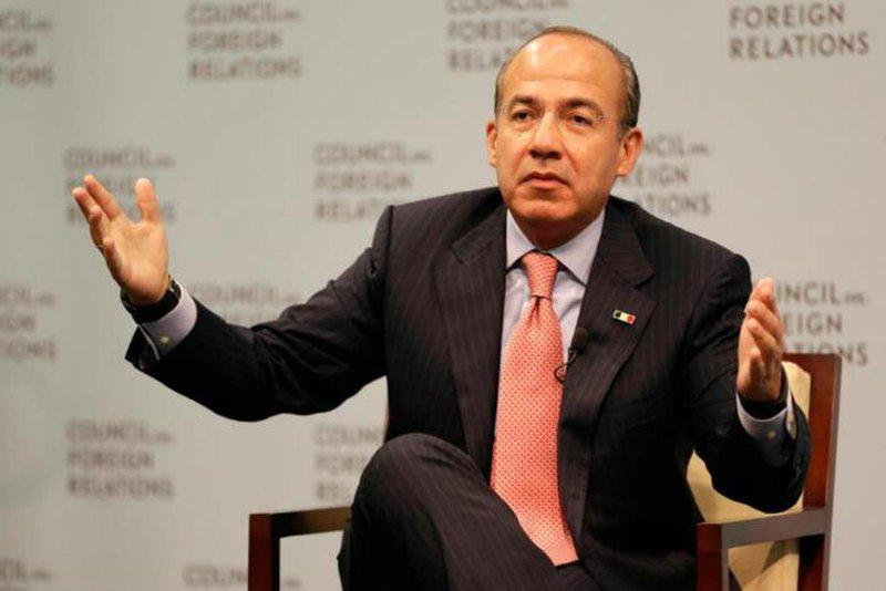 Felipe Calderón dice que quitar la pensión a ex presidentes pone en peligro su seguridad