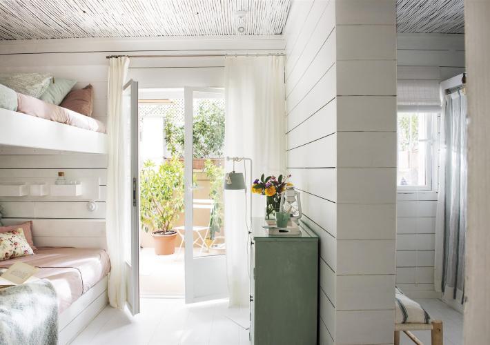 Un casa de pueblo con un patio interior para soñar