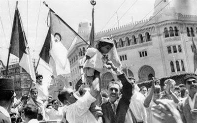 الثورة الجزائرية التحريرية الكبرى : المفاوضات و الإستقلال