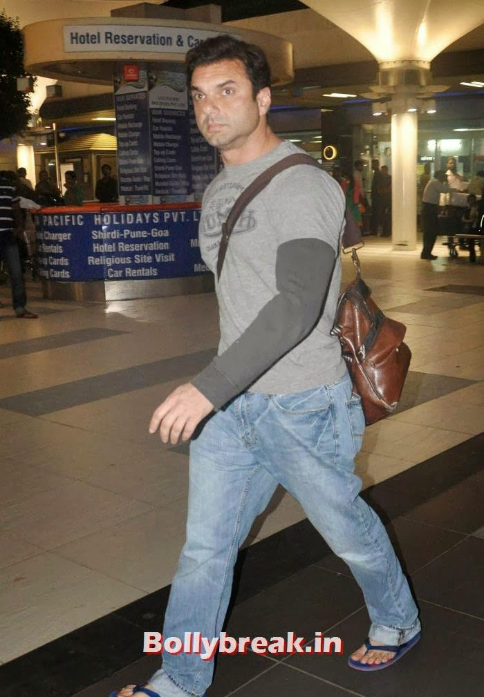 Sohail Khan, New Year Celebrations: Various Celebs Snapped at Airport