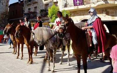 Mercado medieval de Gumiel de Izán. Caballeros medievales.