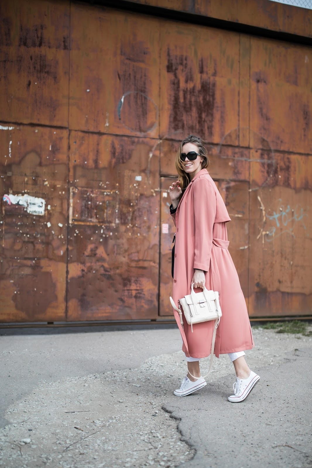 pink long duster coat street style