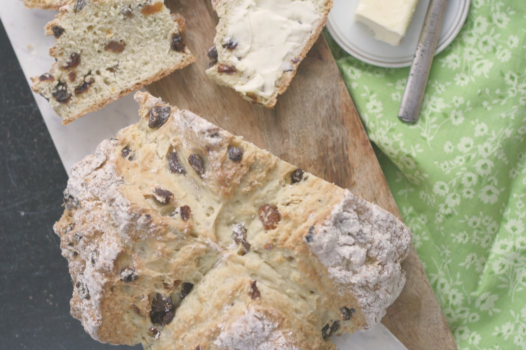 Spotted Dog (Irish Soda Bread w/ Raisins)