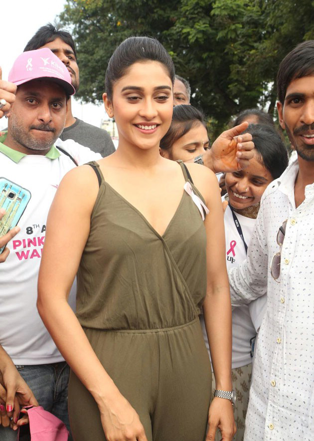 Regina Cassandra Stills At 8th Annual Pink Ribbon Walk