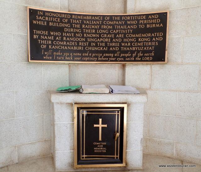 Kuburan Perang Kanchanaburi Asisten Liburan