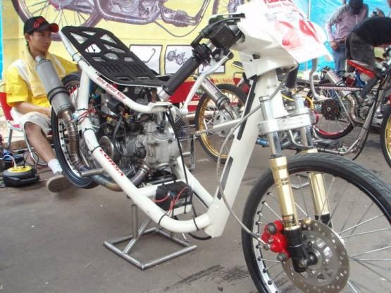 201 M Speed Gambar Motor Drag Dan Modifikasi Motor Drag Mio Sporty