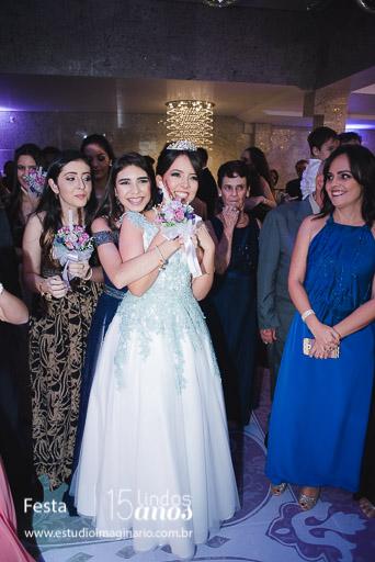 Capricho, Capricho 15 anos, 15 anos bh, 15 lindos anos, Choc Color, Festa bh, festa com amigas, formatura bh, vestido bh, vestido debutantes bh, vestido maravilhoso bh, vestidos 15 anos bh, Vestidos criativos bh, As melhores festas de 15 anos, mais lindas festas, Debutantes de minas bh, Formatura bh, book de 15, fifteen, vestidos de festa bh, vestidos de formatura bh, vestidos de 15 anos bh, curtos festa bh, longos festa bh, vestido para convidadas bh, vestido sob medida bh, vestidos exclusivos bh,festa de 15 anos, it 15 anos, it15anos, it! 15 anos, #it15anos,