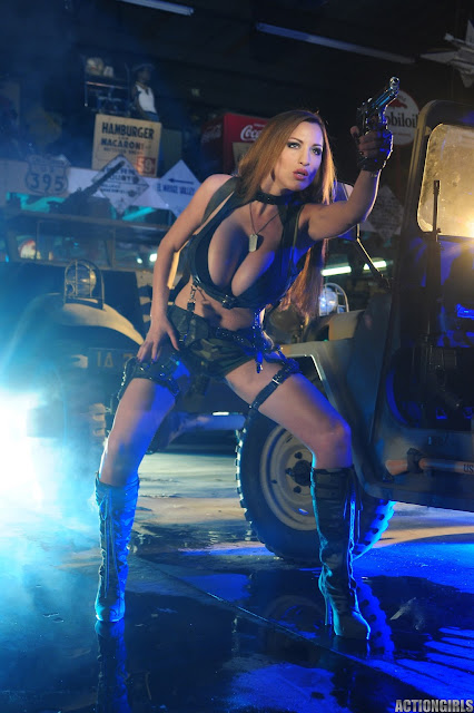 Jordan-Carver-Action-Girl-Photoshoot-Hot-and-Sexy-Pic-4