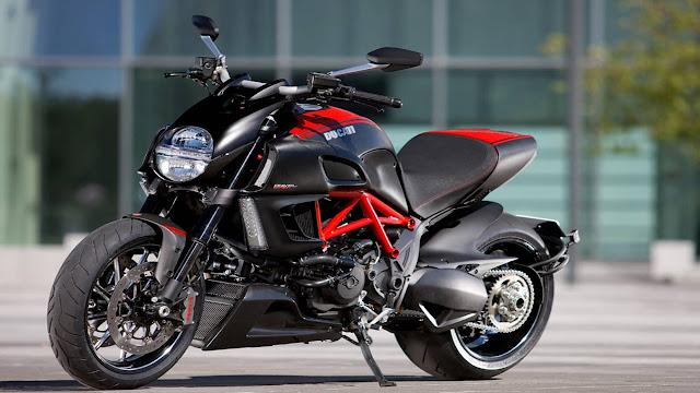 21 Ducati Bikes Hd Wallpapers
