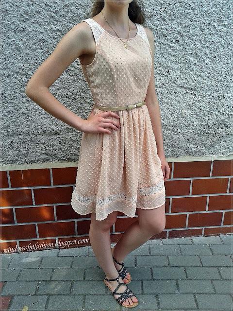Stylizacja: sukienka z Croppa