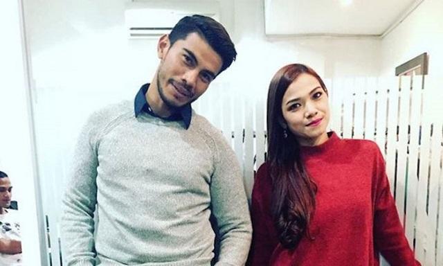 Azrel Ismail Terkejut Dengan Berita Dan Video Ruhainies - Datuk Red