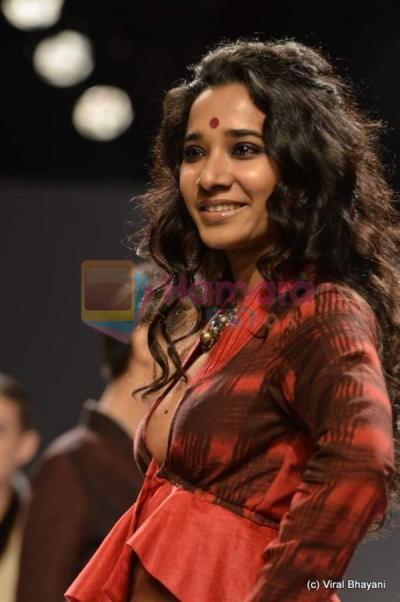 Indian drama madhubala 12 october 2012 - Te3n full movie