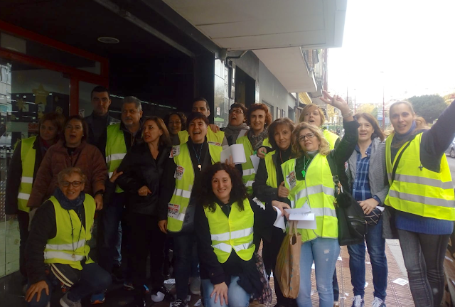 trabajadores supermercados Simply en huelga