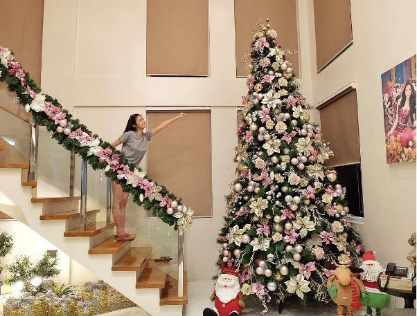 Kim Chiu Shares Photo of Incredible Christmas Tree And Sad Reason Behind Why She Stopped Decorating Two Years Ago!