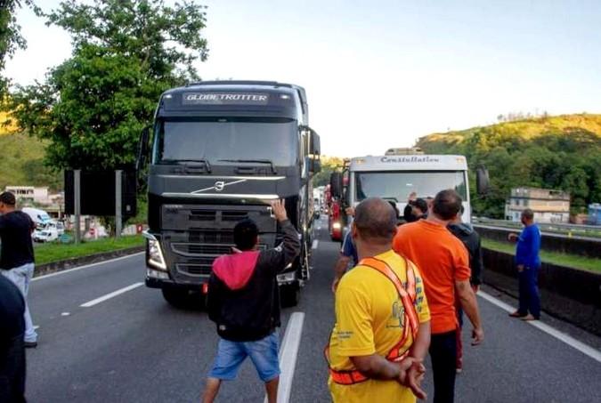 Bolsonaro está disposto a conversar para evitar greve dos caminhoneiros