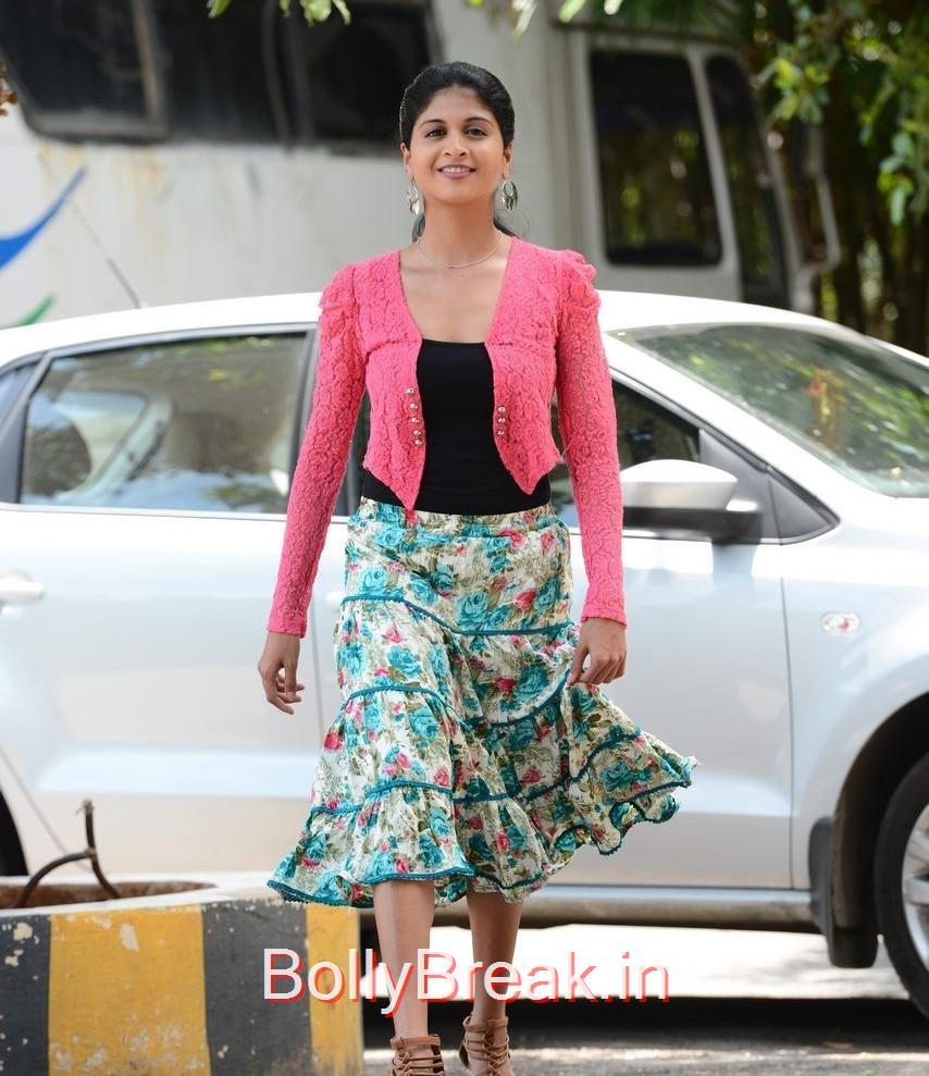Naveena Pictures, Actress Naveena Latest Stills