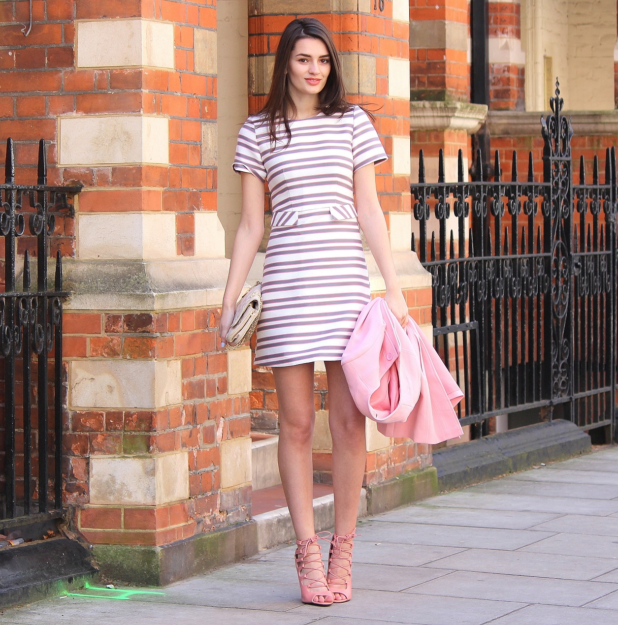a74b3ea0370 peexo fashion blogger wearing pink striped shift dress for wedding season  spring