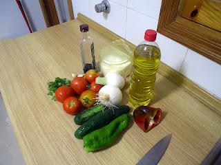 ingredientes para fazer gazpacho