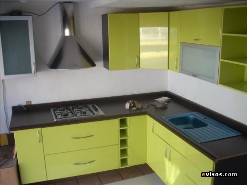 Carpinteria a medida muebles de cocinas a medida for Medidas de muebles de cocina en kit
