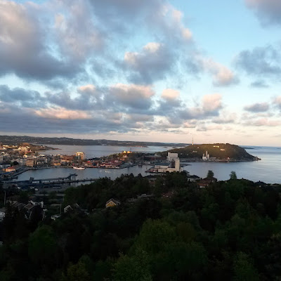 Geocaching utsikt fra Duekniben © Stines hverdag