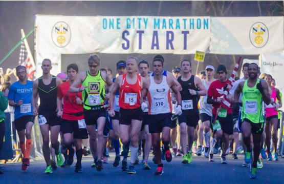 picture of runners at start of The One City Marathon Newport News Virginia