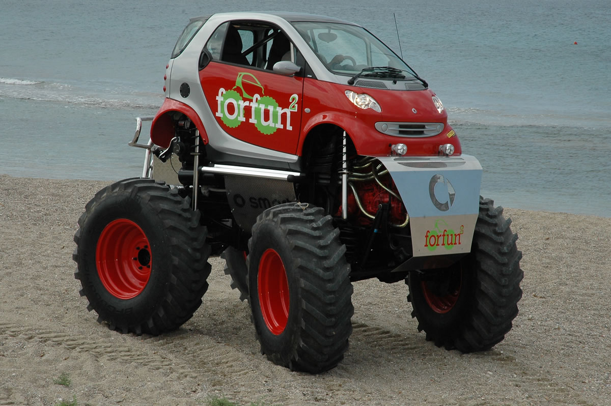 Smart Car turned Monster truck | Offroad Monsters