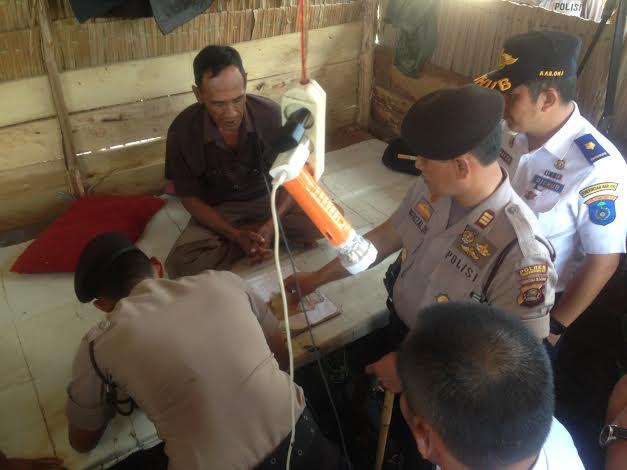 Tim Gabungan Tertibkan Pos Pungli di Jalintim OKI