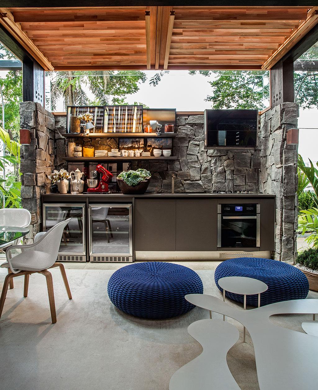 Ana neuber design de interiores cozinhas lindas modernas for Casa moderna tecnologica