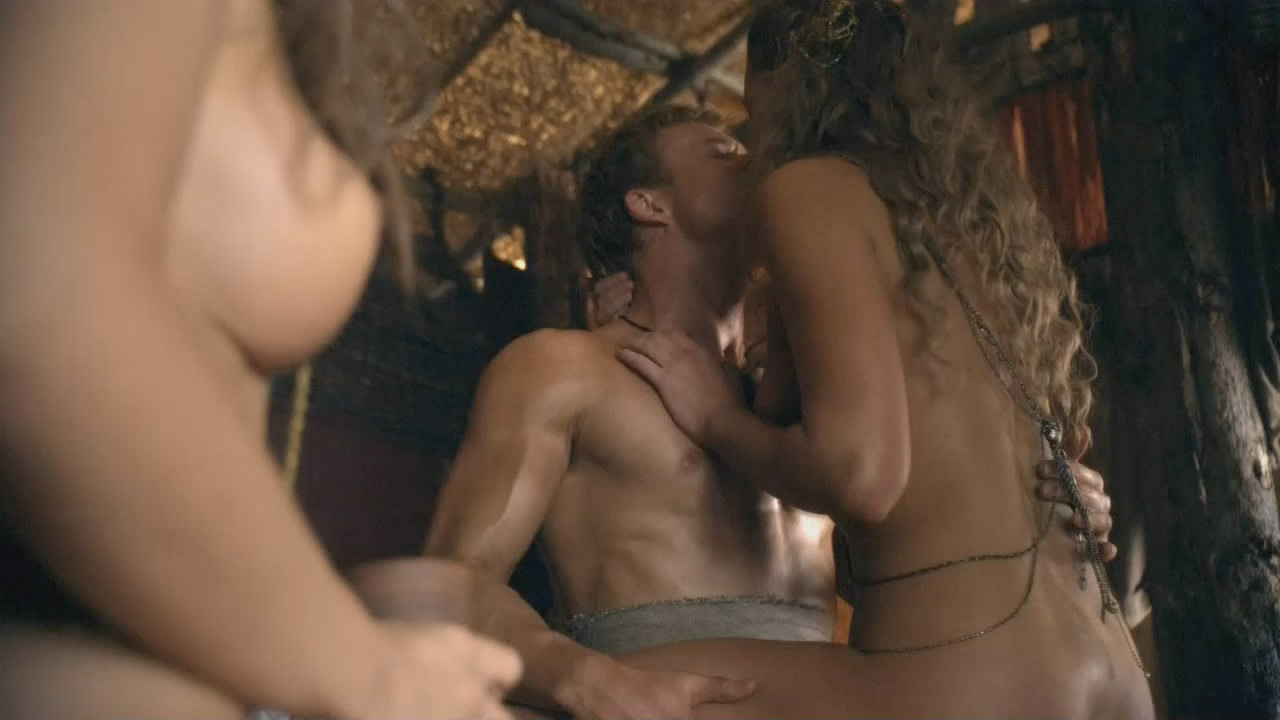 холлман видео порно эллен