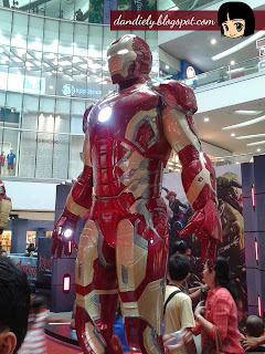 Iron man Exhibit | Life-Size Statues of Marvel's Avengers: Age of Ultron at SM City North EDSA