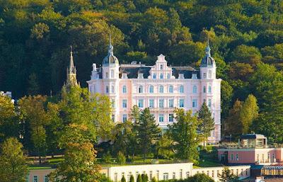 Курортное кино: «Отель Гранд Будапешт». Bristol Palace, Карловы Вары, Чехия