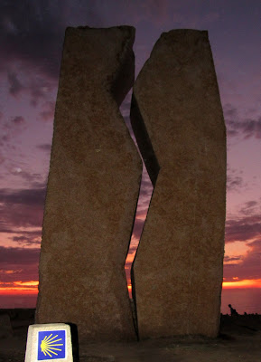 Monumento la Herida en Muxía
