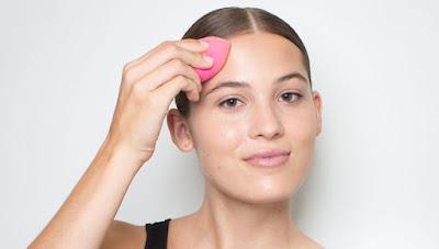 Cara Membersihkan Beauty Blender Dengan Mudah