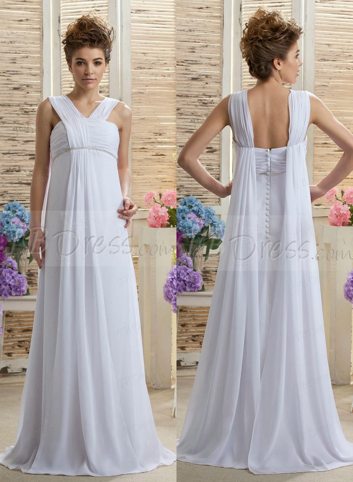 Maternity wedding dresses / LA BOHME