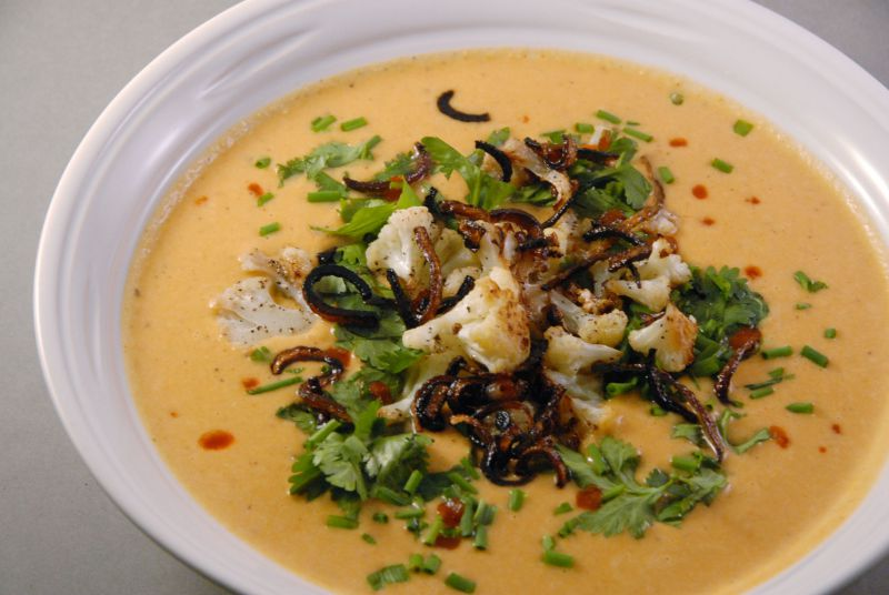 coconut cauliflower thai soup gluten free vegan