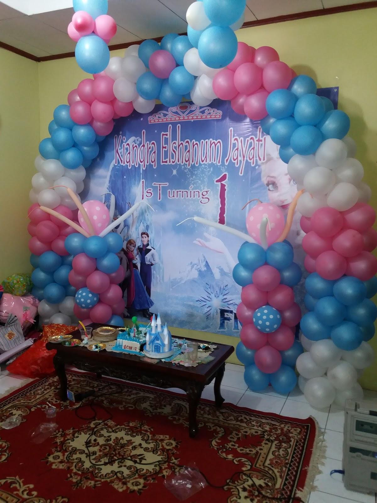 Badut ulang tahun dan dekorasi balon for Dekor ulang tahun
