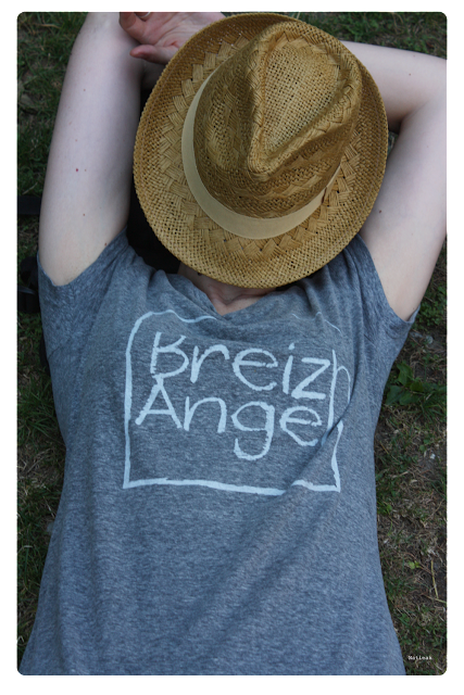 chapeau  borsalino Monoprix et tee shirt Breizh Angel