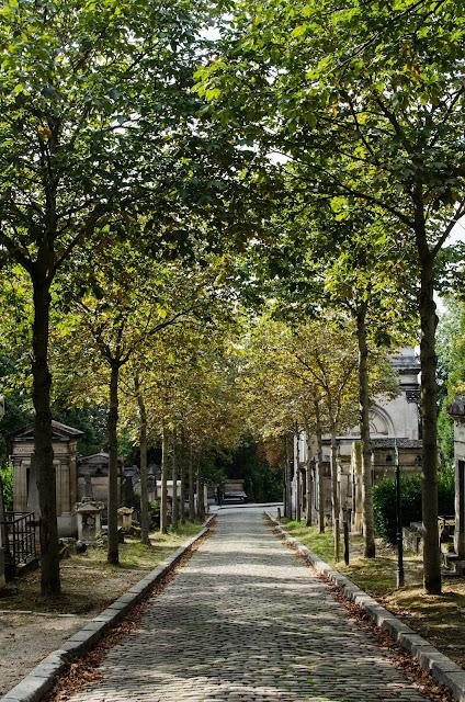 Pere Lachaise, Paris France