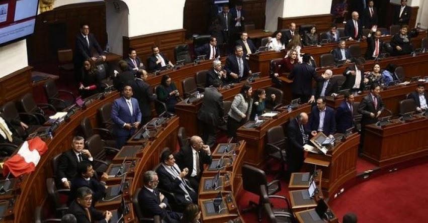 Posibilidad de restituir el Congreso disuelto es remota, sostuvo el presidente del Tribunal Constitucional del Perú, Ernesto Blume