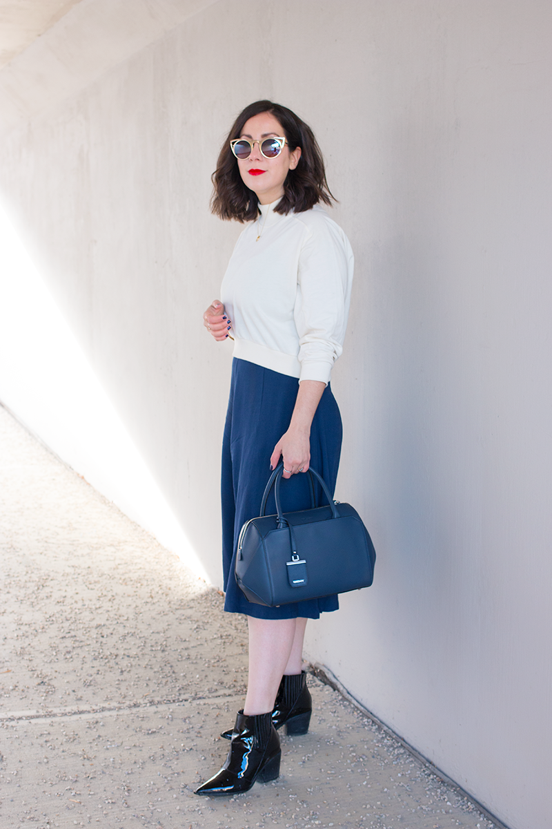 How to wear navy culottes