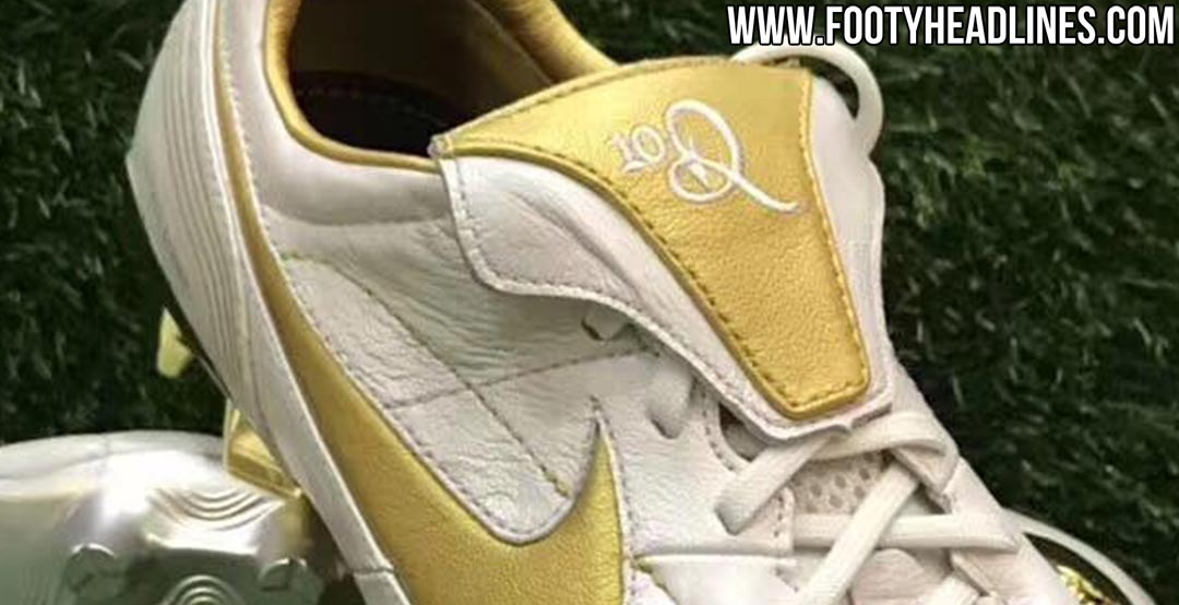 77f535671 ... greece nike will release a stunning limited edition remake of the iconic  nike air legend r10