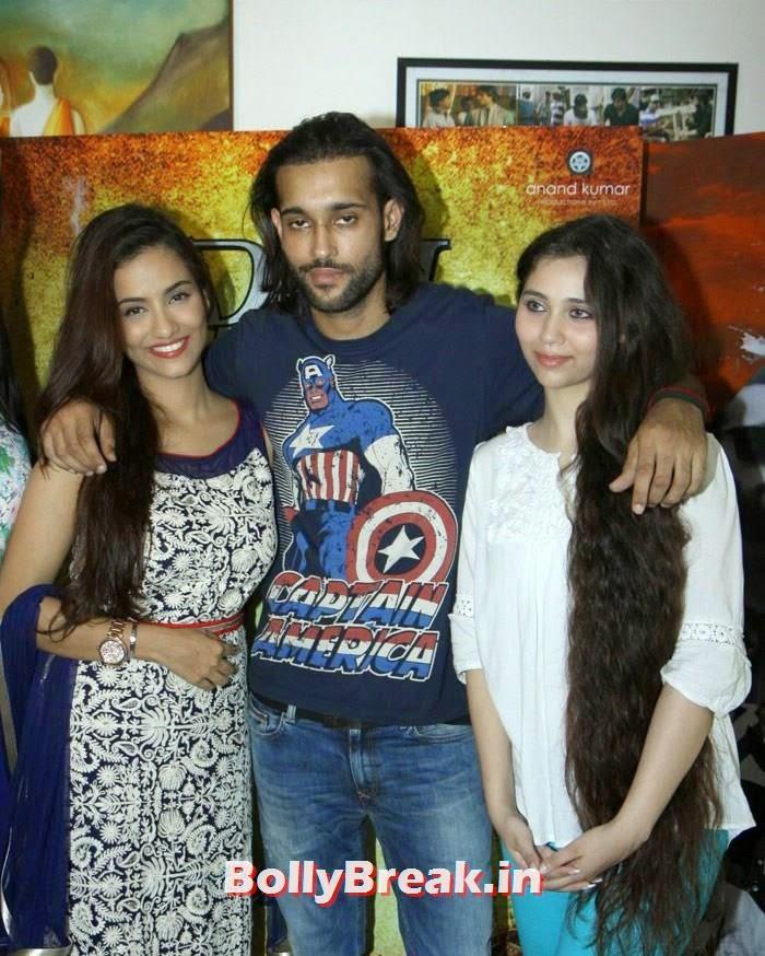 Tia Bajpai, Akhil Kapur, Sasha Agha, Claudia Ciesla, Tia Bajpai, Sasha Agha Hot images from movie 'Desi Kattey' PC