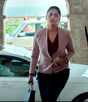 Anushka Shetty Looks In Singham 3 Film