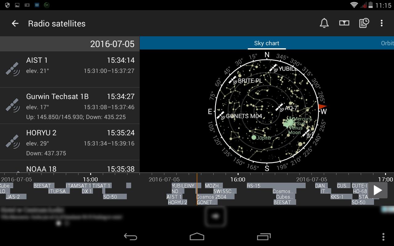 12. Okno satelitów radiowych z aktywna opcją osi czasu - mapa nieba ukazuje stan aktualny, ale wraz z przesuwaniem osi czasu ukazywany jest ruch poszczególnych satelitów, dodatkowo z osi czasu możemy wyczytać kiedy i jakie satelity radiowe niebawem pojawią się na niebie