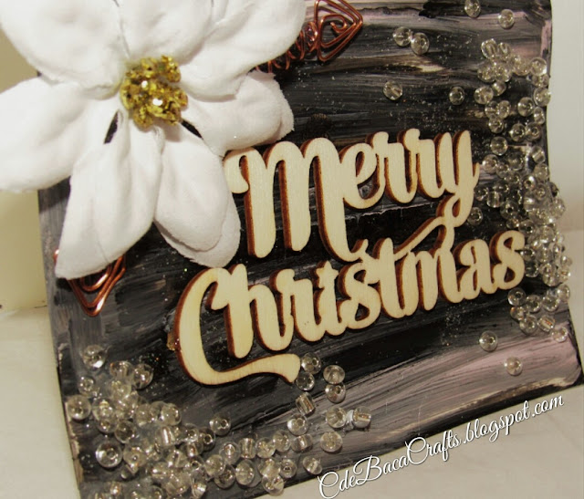 Handmade card for Christmas by CdeBaca Crafts blogspot.
