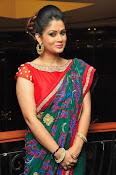 Shilpa Chakravarthy New sizzling photos-thumbnail-1