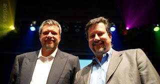 Pembuat Photoshop : Thomas Knoll dan John Knoll - Sejarah Singkat Perkembangan Aplikasi Adobe Photoshop