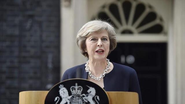 Theresa May pide 'unidad' del pueblo británico para superar el desafío tras el brexit