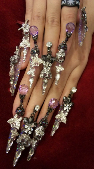 Sleepy Kitsune: Gyaru Nails