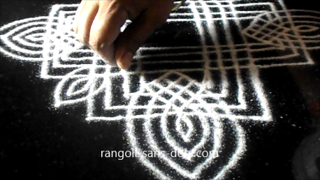 Traditional-rangoli-designs-801af.jpg